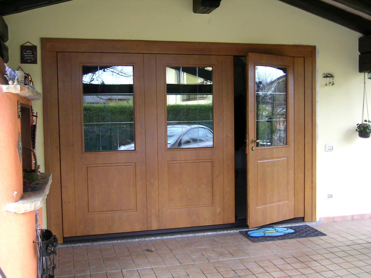 Basculante legno vetrate porta basculante sezionale for Finestra basculante